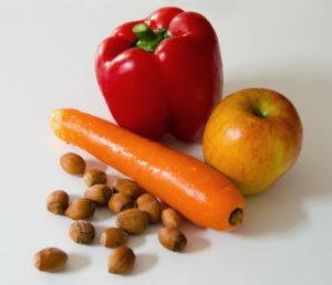 Obst, Gemüse und Nüsse