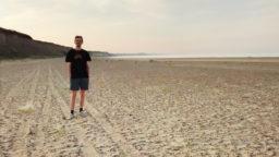 Am Strand Finanzielle Freiheit auf Probe